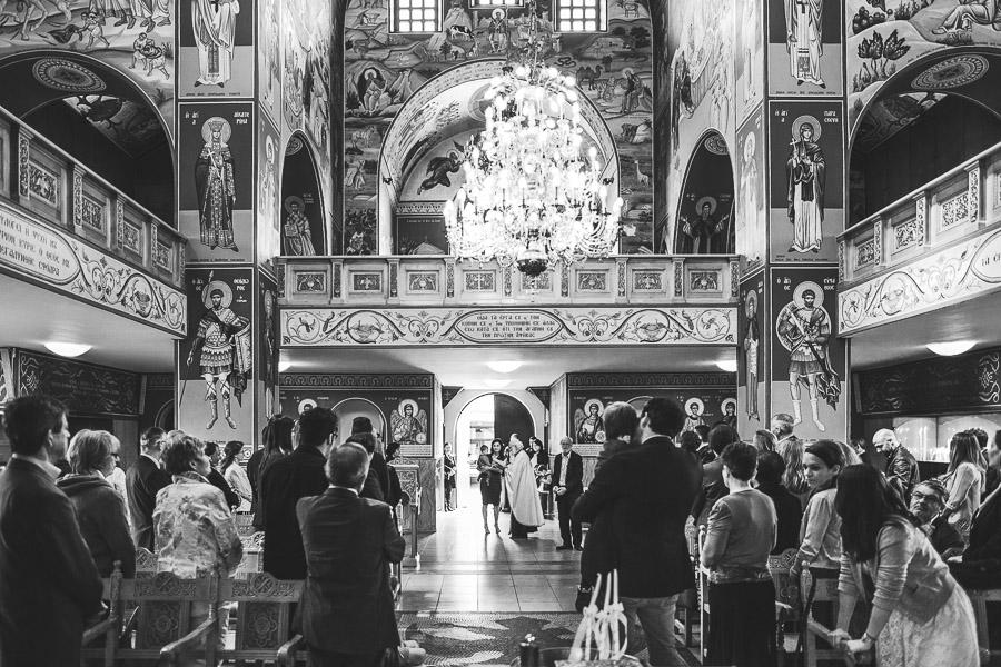 Die griechisch orthodoxe Kirche in Düsseldorf von innen