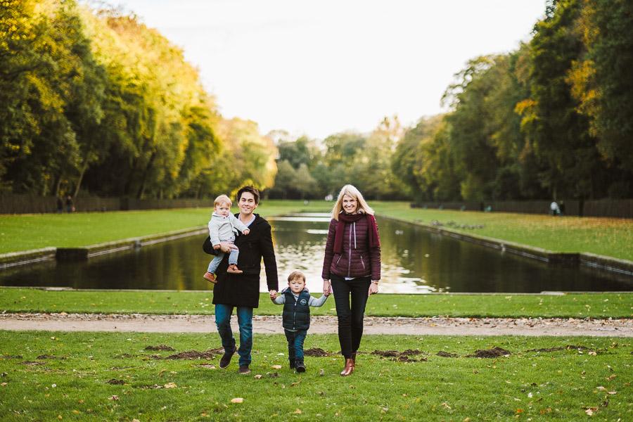 familie im schlosspark benrath