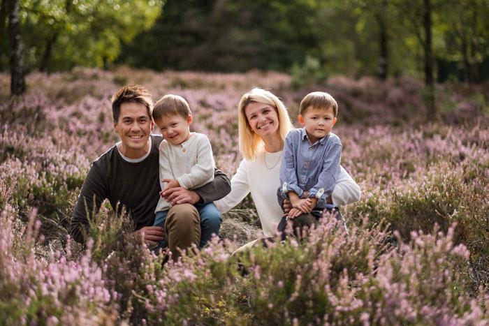 familienfoto kinder outdoor