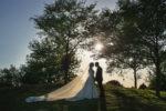 romantisches hochzeitsfoto auf dem golfplatz der elfrather mühle