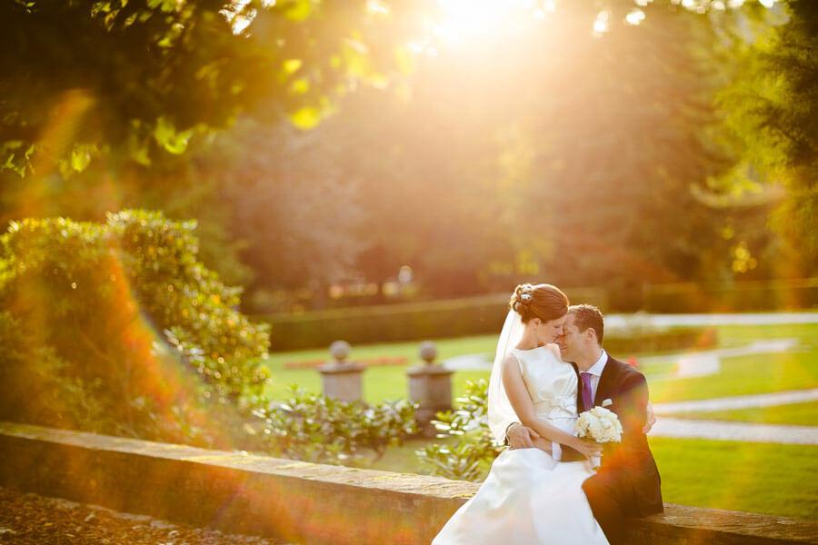 hoczhzeitsfoto sonnenuntergang mit tollem lichteffekt
